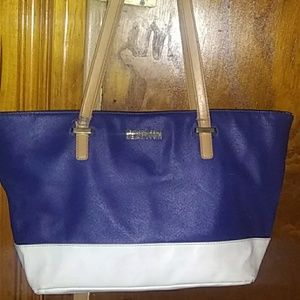 Kenneth Cole Reaction navy blue and white leather